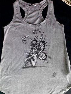 Shirt dipinte a mano, T Shirt disegnate a mano