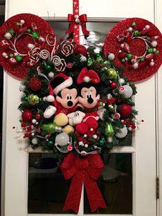 Diy christmas tree 322288917085447335 - Ideas diy decorations disney christmas ornament Source by Disney Christmas Crafts, Mickey Mouse Christmas Tree, Mickey Mouse Wreath, Disney Wreath, Disney Christmas Decorations, Christmas Tree Themes, Disney Crafts, Christmas Tree Ornaments, Christmas Wreaths