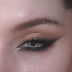 Edgy Makeup, Makeup Eye Looks, Eye Makeup Art, Cute Makeup, Makeup Goals, Pretty Makeup, Skin Makeup, Eyeshadow Makeup, Makeup Inspo