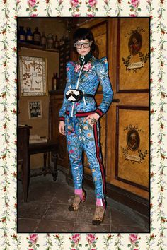 I have no clue why I like this! See the complete Gucci Pre-Fall 2017 collection.