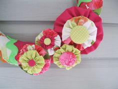 Freckles and Fun: Flower Power Week! Day 4 - Springy Yo-yo Flowers