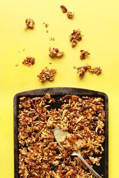 Snacks For Work, Healthy Work Snacks, Healthy Foods, Muesli, Vegan Granola, Baker Recipes, Snacks Recipes, Perfect Breakfast, Sweet Breakfast