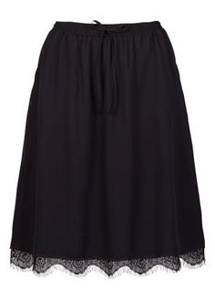 knee lenght skirt with lace trim <3