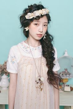 Pictures, articles, inspiration and insight about mori girl fashion and culture.**NO LONGER ACTIVE,...