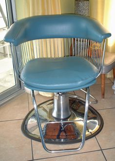 Butterfly Pedicure Chair Wood Office On Wheels Vintage 50's Beauty Salon Chair. Totally, Totally Fab. | Finds Pinterest Coiffure ...