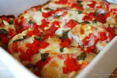 Kyckling med mozzarella, pinjenötter och grillad paprika – Nadjaskitchen.se Dory, Bruschetta, Vegetable Pizza, Mozzarella, Vegetables, Eat, Ethnic Recipes, Food Food, Vegetable Recipes