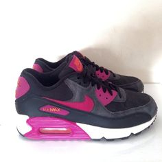 MARIANNA'S CLOSET NIKE AIR MAX 90 Air Max 90, Nike Air Max, Air Max Sneakers, Sneakers Nike, Closet, Shoes, Fashion, Nike Tennis Shoes, Armoire