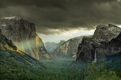 #UPGO Morning Energy with Yosemite Valley - First Rays of Light – Yosemite National Park
