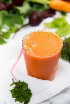 Suco detox de cenoura com maçã - Cantinho das Ideias
