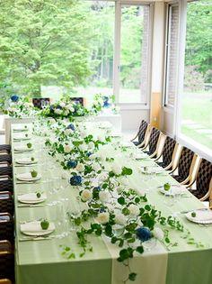 ホテルハーヴェスト旧軽井沢:少人数でアットホームな会食にぴったりの個室も併設。大きなテーブルで皆で囲めば、自然と共に会話も弾む