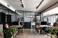 Officina Biasol Melbourne Design Studio in Cremorne Australian Interior Design, Interior Design Awards, Contemporary Architecture, Interior Architecture, Light Pink Walls, Melbourne, Dark Furniture, Workplace Design, Timber Flooring