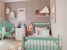 Wohnungseinrichtung in Pastellfarben im Vintage kinderzimmer