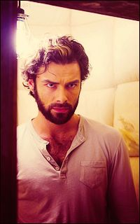 Aidan Turner sure makes for a sexy Luke Garroway!