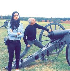 Curb Your Enthusiasm's Larry David and his daughter Cazzie visit Manassas National Battlefield Park. | #FindYourPark #EncuentraTuParque