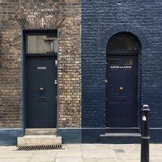. . . . . . . . . . . #lovegreatbritain#visitlondon#visitbritain#britishsnaps#lovelondon#seemorelondon#thisislondon#seemycity#prettycitylondon#londonforyou#londonthroughmycam#prettylittlelondon#londonist#travelwithfathom#mytinyatlas#toplondonphoto#mydarlinglondon#unlimitedlondon#londonbylondoners#thelondonlifeinc#london_only#londoncityworld#iamatraveler#shootermag_uk#mytinyatlasLONDON#discoverbritain#living_europe