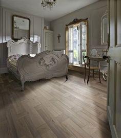 Design classic making a comeback and natural oak flooring thrives Natural Oak Flooring, Real Wood Floors, White Oak Floors, Wood Flooring, Hardwood Floors, Hardwood Types, Engineered Wood Floors, Home Additions, Dream Decor