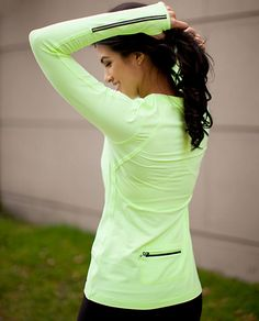 Lululemon RUN:Layer Me Long Sleeve Top Reflective, back pocket for phone, thumb hooks to keep sleeves in place