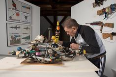 André Robillard with his works in Lausanne © Collection de l'Art Brut