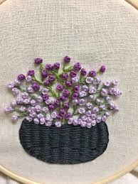 Resultado de imagen para cestas de flores bordadas