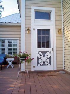 Love this butterfly door! Custom Screen Doors, Lattice Screen, Old Florida, Pink Houses, Doorway, Bungalow, Patio, Butterfly, Outdoor Decor