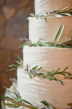 Lavender wedding cake inspiration