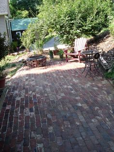 Antique Brick Patio Tuto