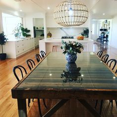 No photo description available. Dining Table Design, Glass Dining Table, Queenslander House, Upcycled Home Decor, Home Design Decor, Home Living Room, Small Living, Home Kitchens, Diy Furniture