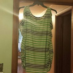 Cold Shoulder Top Striped, lightweight tee. Perfect for summer! Approximately 30 inches long from shoulder to waist. White, navy blue, and lime green, ruched sides. 10 Crosby Derek Lam Tops Tees - Short Sleeve