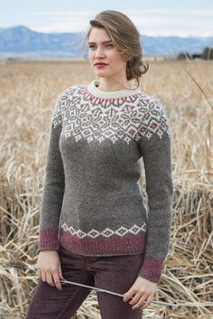 Create this knitted pullover pattern featuring the stranded knitting method that provides a flattering fit to whoever wears it. Create this knitted pullover pattern featuring the stranded knitting method that provides a flattering fit to whoever wears it. Fair Isle Knitting Patterns, Sweater Knitting Patterns, Knitting Designs, Fair Isle Pattern, Pullover Design, Sweater Design, Vogue Knitting, Tejido Fair Isle, Icelandic Sweaters