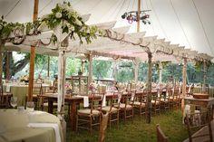 De la nota: Carpas y jaimas para bodas Leer mas: http://www.hispabodas.com/notas/1579-carpas-y-jaimas-para-bodas