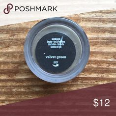 Velvet Green Bare Minerals Eyeshadow Brand new, sealed eyeshadow from Bare Minerals in the shade velvet green. Please ask if you have any questions, need measurements or more pictures. No trades. All eyeshadows are on sale 3/$25 upon request. bareMinerals Makeup Eyeshadow