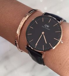 Beautiful black watch ; gold jewelry #GoldJewelleryDanielWellington