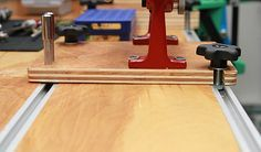 T-track and mounting plates for reloading bench