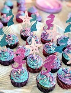 Little Mermaid Cakes, Mermaid Birthday Cakes, Little Mermaid Parties, Mermaid Cupcake Toppers, Mermaid Cupcakes, Mermaid Baby Shower Decorations, Baby Shower Mermaid Theme, Mermaid Birthday Party Decorations Diy, Mermaid Balloons