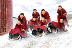 "awkwardsituationist: "" chan kwok hung (in photos almost reminiscent of a norman rockwell painting) documents the life of buddhist monks in myanmar and china. We Are The World, People Of The World, Dalai Lama, Images Of Faith, Norman Rockwell Paintings, I Love Winter, Winter White, Painting Snow, Spirituality"