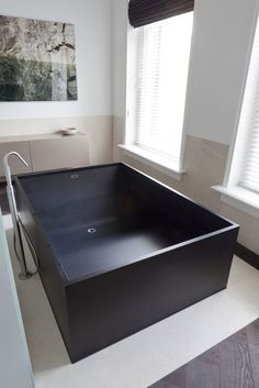 black tub - interesting