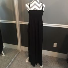 Chico maxi black dress removable straps Chicos summer maxi dress adjustable and removable straps. Great dress and great condition. Chicks size 2 Chico's Dresses Maxi