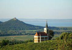 Ezekből válogass, ha már nagyon eleged van a nyüzsgésből! Hungary, Beautiful Places, Cabin, Stone, House Styles, Travel, Photos, Decor, Voyage