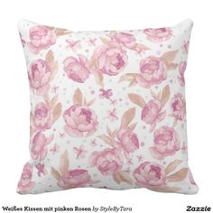 Weißes Kissen mit pinken Rosen