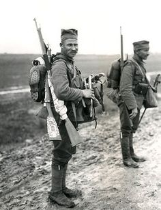 Two typical Serbian soldiers with their newly issued equipment, near Mikra, Kalamaria, near Salonika (Salonica, Thessaloniki), Greece, during the First World War. Pin by Paolo Marzioli