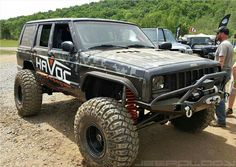 143 best my fav jeep cherokee lifted images jeep truck rolling rh pinterest com