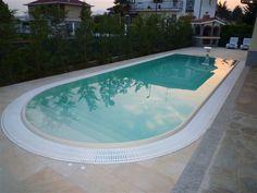 Acqua SPA - Tipologia delle piscine Swimming Pool Images, Swimming Pools, Tub, Architecture Design, New Homes, Outdoor Decor, House, Pool Installation, Diy Patio
