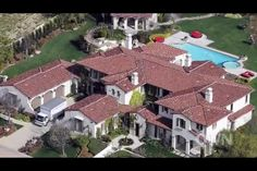 Justin biebers house in L.A....DUDE it's a mansion!