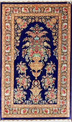 Flower Vase Silk Qum Silk Persian Rug - Item# HF-1442   Size: 80 x 135 (cm)      2' 7 x 4' 5 (ft)