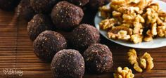 Brain Balls (Bliss Balls) are the perfect nutty treat. Delicious ingredients with anti-inflammatory properties, necessary for healthy hearts and brain function. Whole Food Recipes, Snack Recipes, Cooking Recipes, Dessert Recipes, Healthy Snacks, Healthy Recipes, Yummy Recipes, Vegetarian Recipes, Cheap Recipes