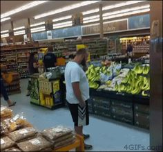 18 Grocery Store GIFs Worth – Wait for it – Checking Out from GifGuide