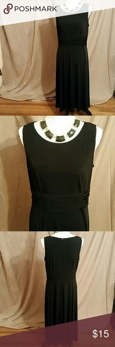 Black Dressbarn dress Very pretty black dress size 14. Midi to Maxi depending on your height. Dressbarn Dresses Midi