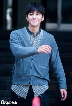 """[Drama] Dispatch goes behind-the-scenes of """"The with Ji Chang Wook Asian Celebrities, Asian Actors, Korean Actors, Celebs, Ji Chang Wook Smile, Ji Chang Wook Healer, Kdrama, Ji Chang Wook Photoshoot, Park Hyung"""