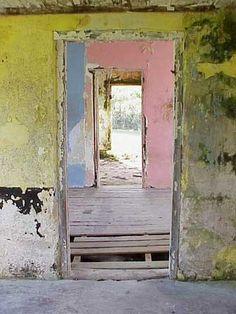 worn pastels, building interior, doorway, beautiful decay, patina>Love this look Old Doors, Windows And Doors, Abandoned Buildings, Abandoned Places, Pantone, Daisy Love, Peeling Paint, Pretty Pastel, Wabi Sabi