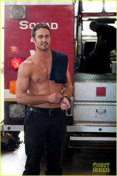 Taylor Kinney & Jesse Spencer: Shirtless for 'Chicago Fire'!: Photo Taylor Kinney and Jesse Spencer go shirtless in the pilot episode of Chicago Fire, airing on Wednesday (October on NBC! The guys play elite firefighters from… Jesse Spencer, Lady Gaga, Taylor Kinney Chicago Fire, Lauren German, Lancaster, Raining Men, Good Looking Men, Man Crush, Celebrity Crush